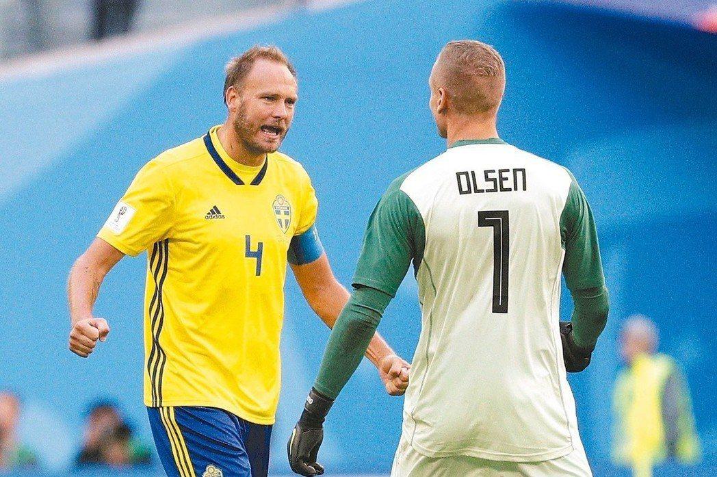 格蘭奎費斯特(左)帶領的瑞典對英格蘭將是一場硬仗。 (美聯社)