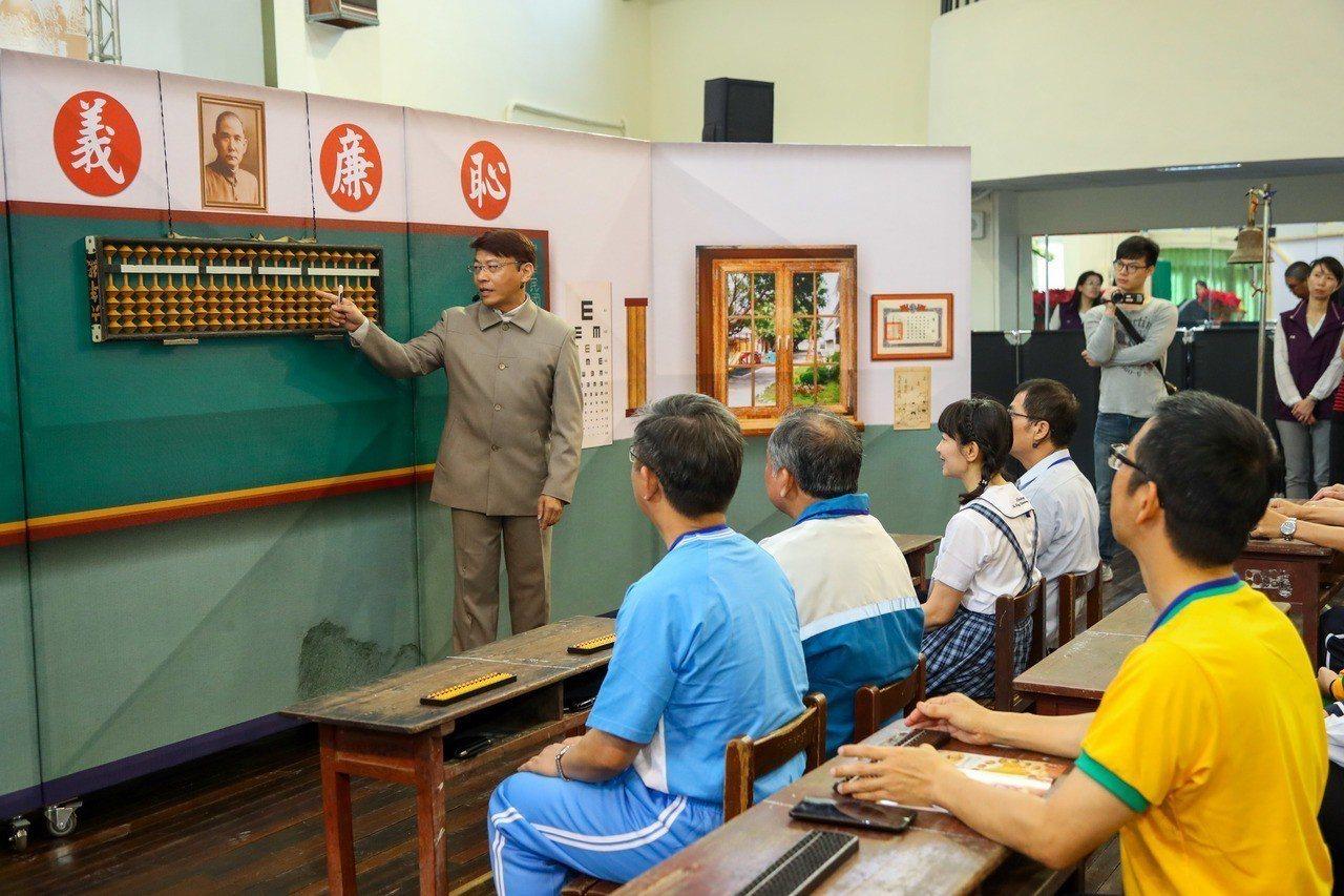 國中教師員額增加,台中市07新學年起就開始實施,預估全市增加359名教師、需2....
