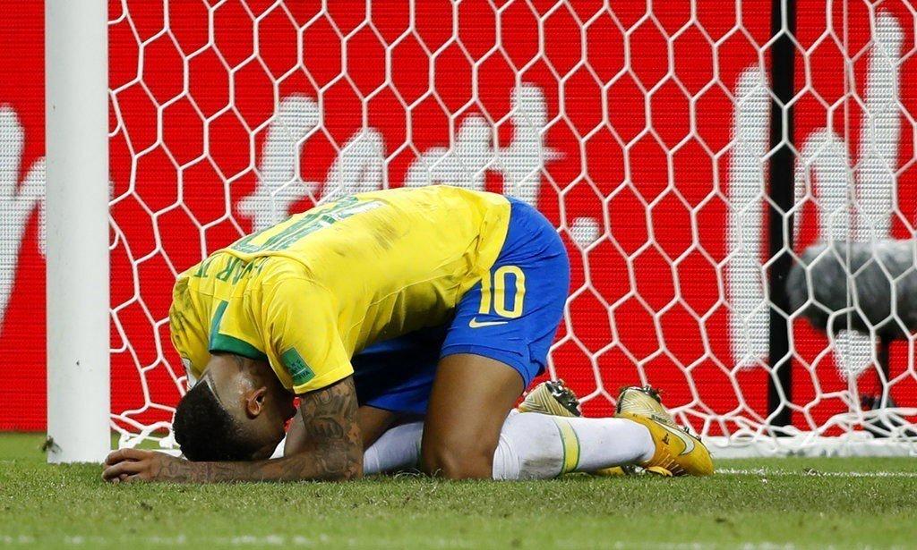 巴西輸球,內馬爾徒呼負負。 美聯社