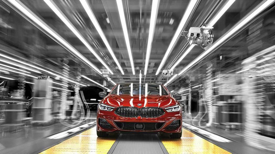 全新BMW 8 Series Coupe(G15)將在今年十一月正式上市。 摘自BMW