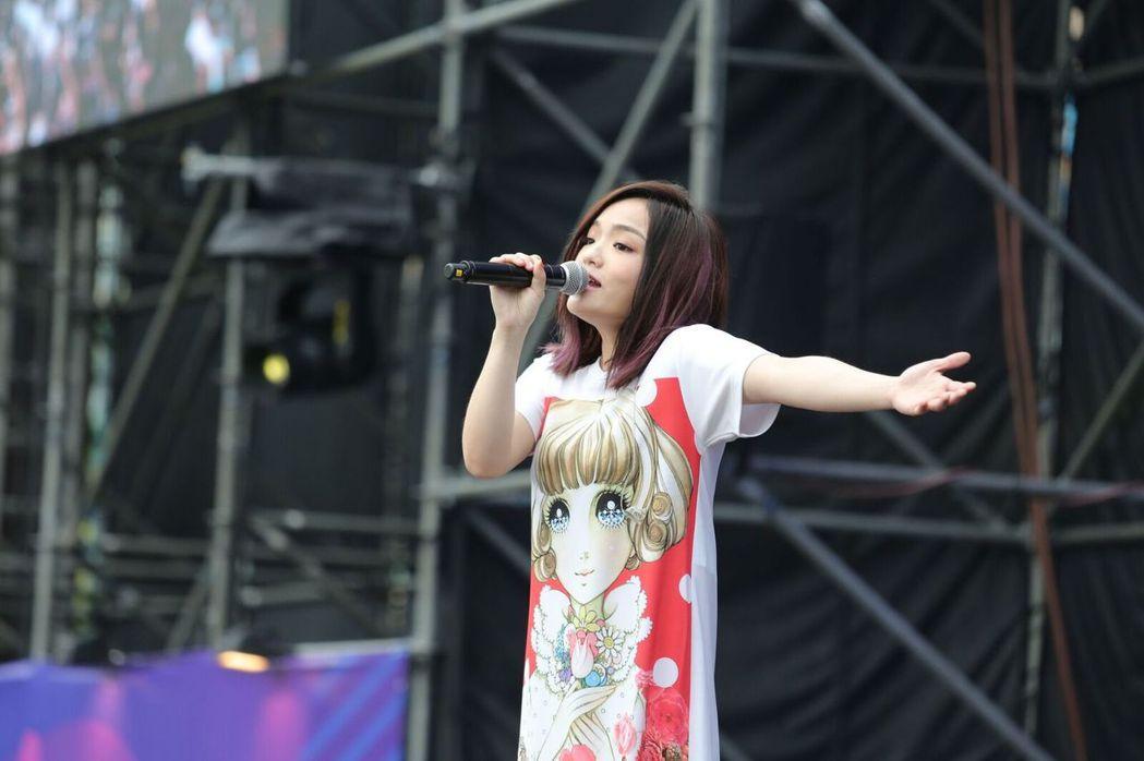 徐佳瑩7日在高雄啤酒節開唱。圖/寬寬整合行銷提供