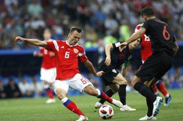 克俄之戰精采進球團 俄羅斯切里謝夫射進第一球
