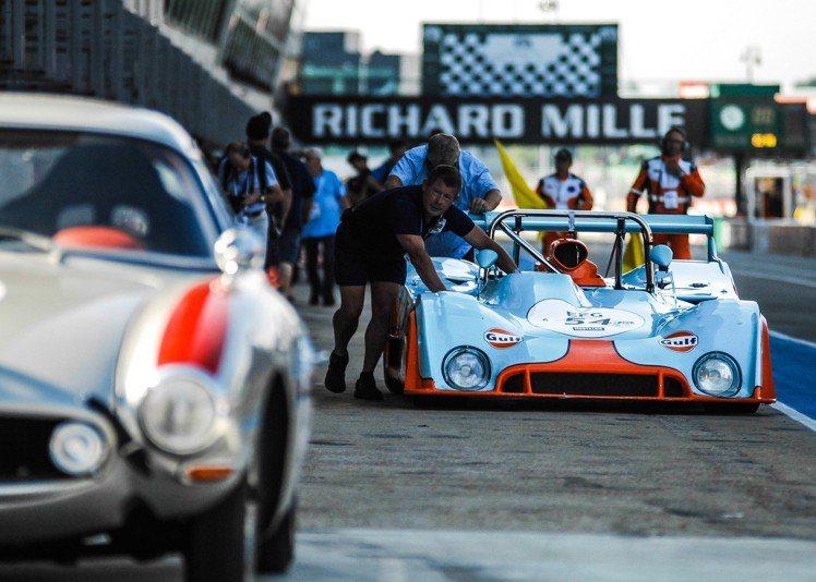 從2002年的第一屆開始,RICHARD MILLE就擔任利曼經典車賽的官方指定...