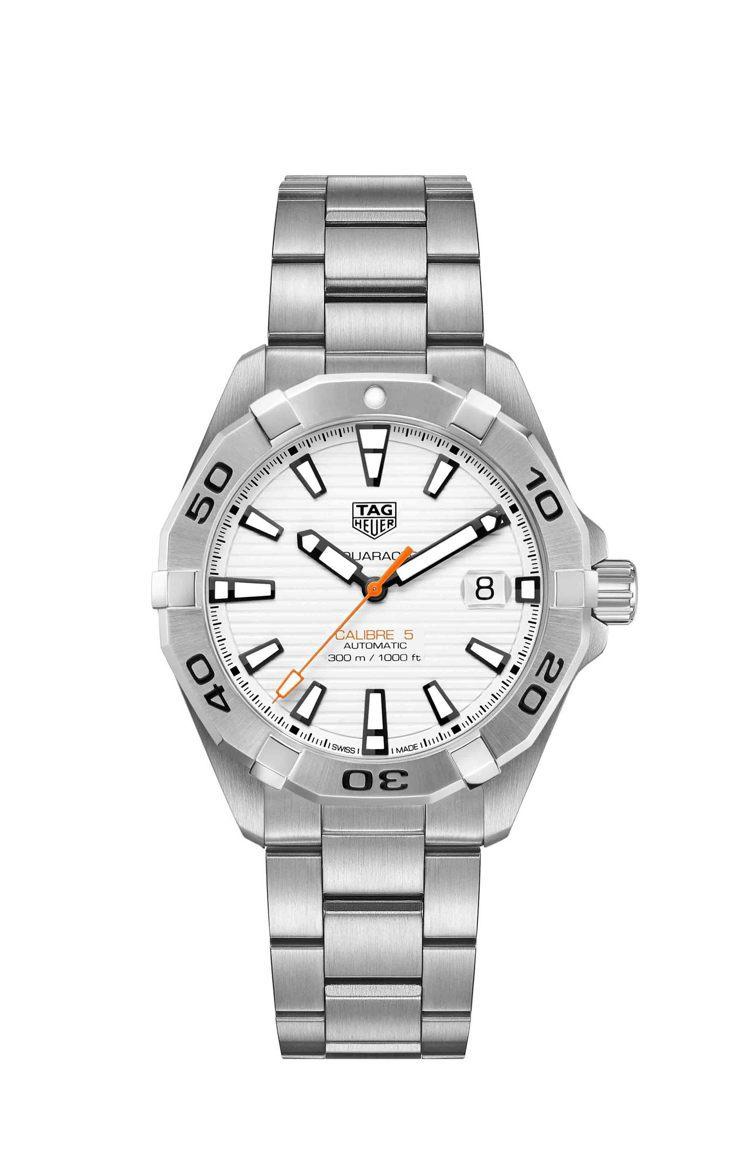 泰格豪雅Aquaracer Calibre 5腕表,不鏽鋼表殼搭配白色表面,約7...