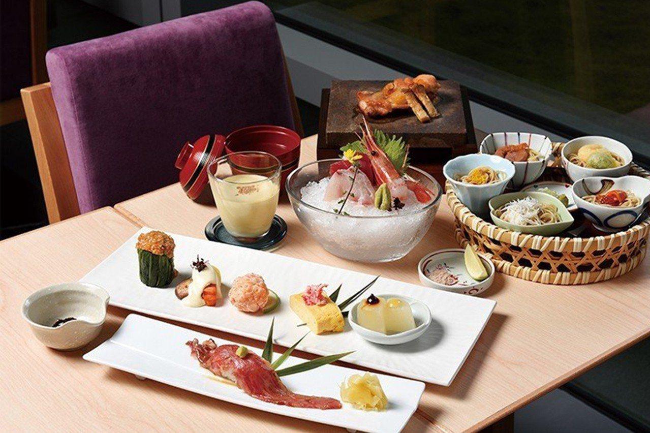 蕎麥宴席套餐1800元/以自家製蕎麥麵為主要的宴席套餐,包含5款風味蕎麥麵、5品...