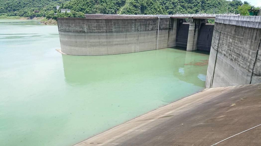 因應強烈颱風瑪莉亞可能襲台,南水局特別加強防汛整備作業。 南水局/提供