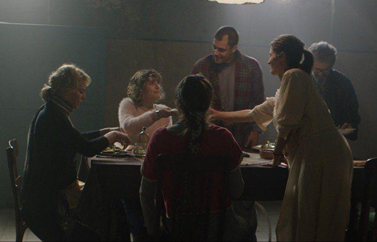 西班牙恐怖片《鬼入夢》。圖/海樂影業提供