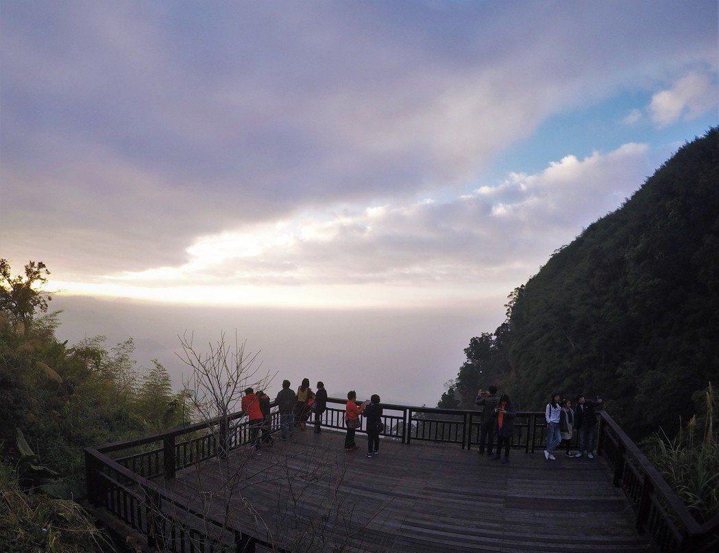 ▲阿里山旅遊景點-二延平步道。(圖/Tripbaa趣吧!亞洲自由行專家)