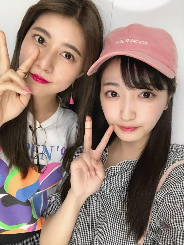 阿部瑪利亞(左)已經回到日本與其他姊妹團聚。圖/摘自部落格
