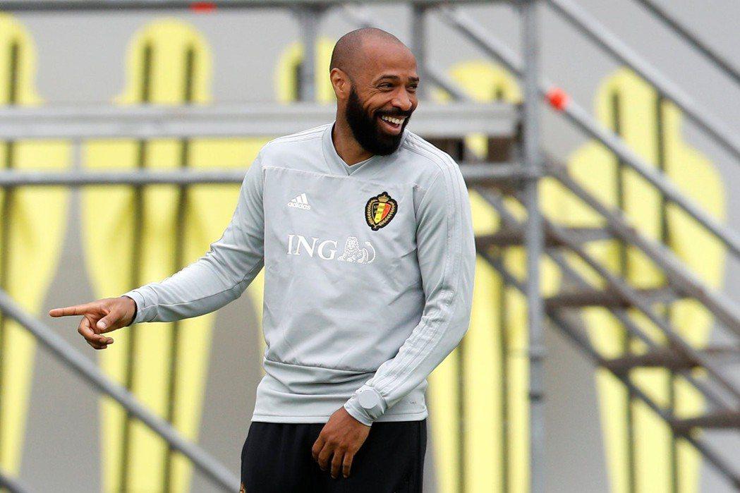 比利時助教前法國球星亨利。 路透