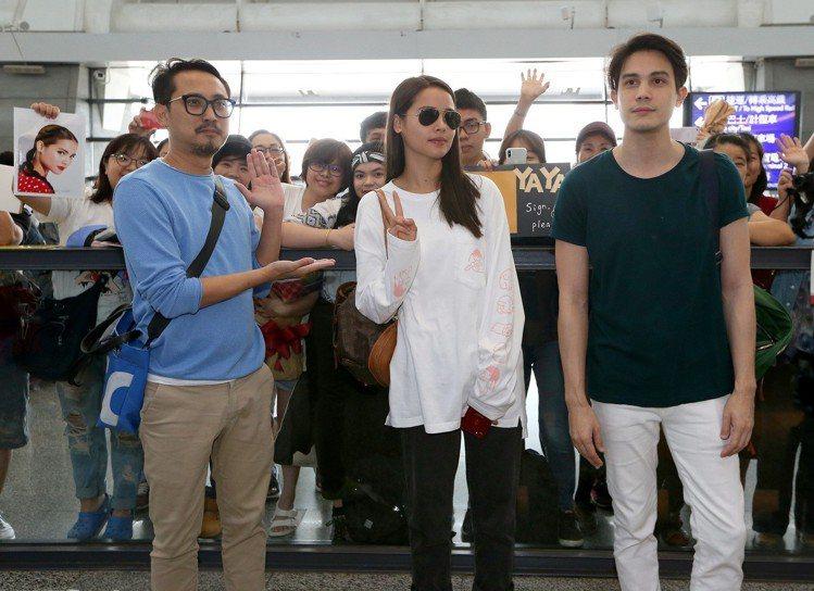 泰國電影《把哥哥退貨可以嗎》劇組成員,10日中午搭機抵台。圖/記者陳嘉寧攝影