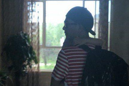 大陸實境節目《爸爸去哪兒》第六季即將開始錄製,之前微博流傳一份名單,其中陳小春與Jasper就在其中,傳出父子倆將回歸,而近日又流傳出一段影片,是陳小春抱著Jasper進到寧夏某飯店,因此回歸的消息...