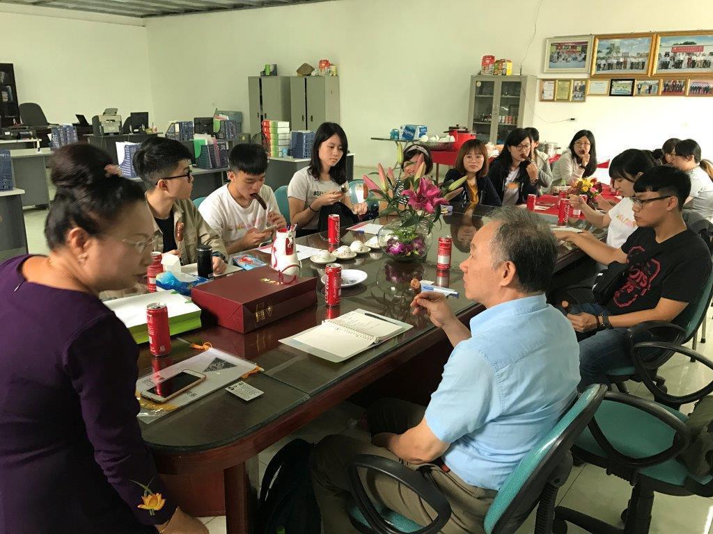 在越台資食品企業經營者的講座。 圖/國立臺北教育大學提供
