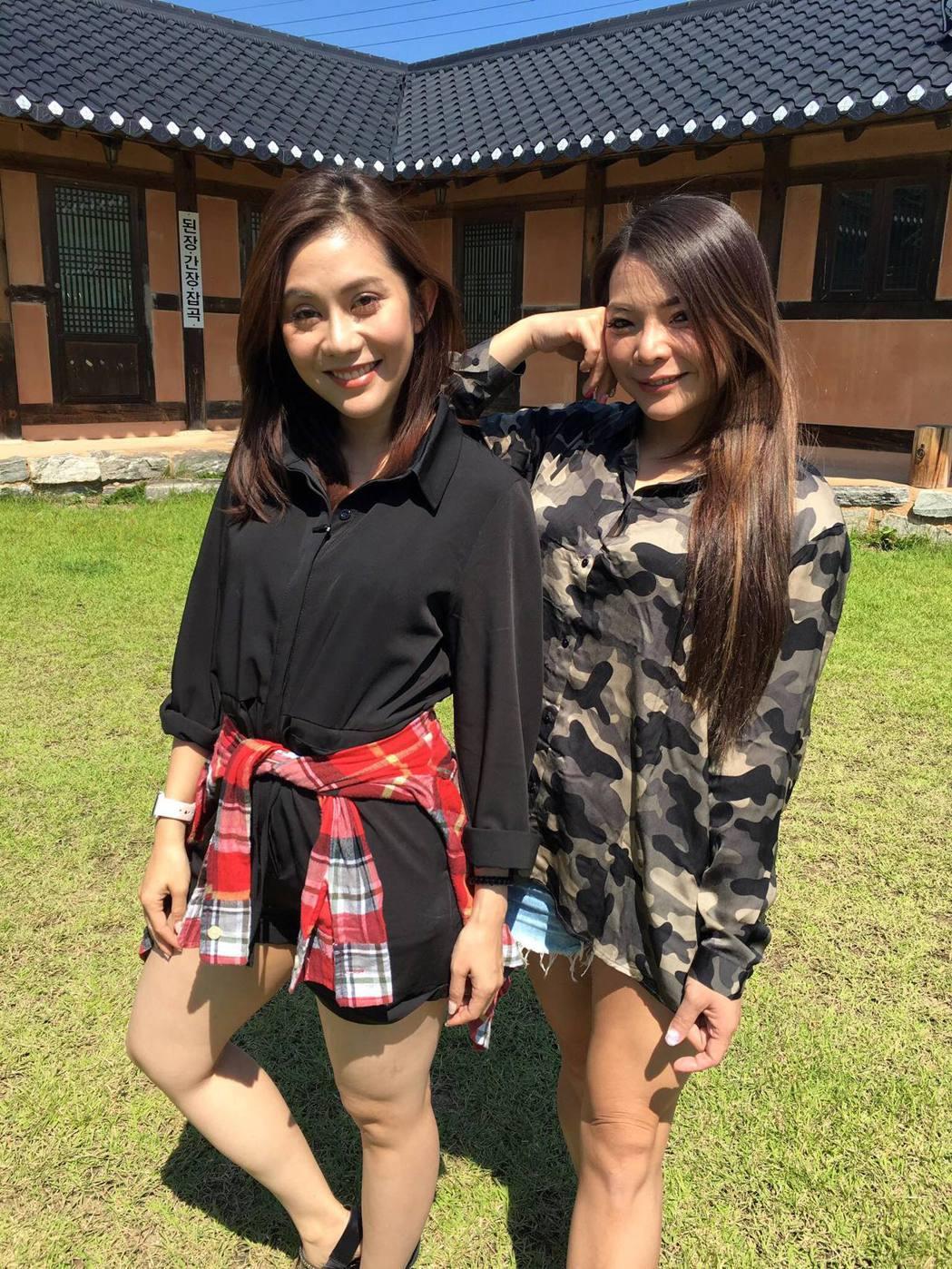 小甜甜(右)與王宇婕(左)交情好。 圖/擷自小甜甜臉書
