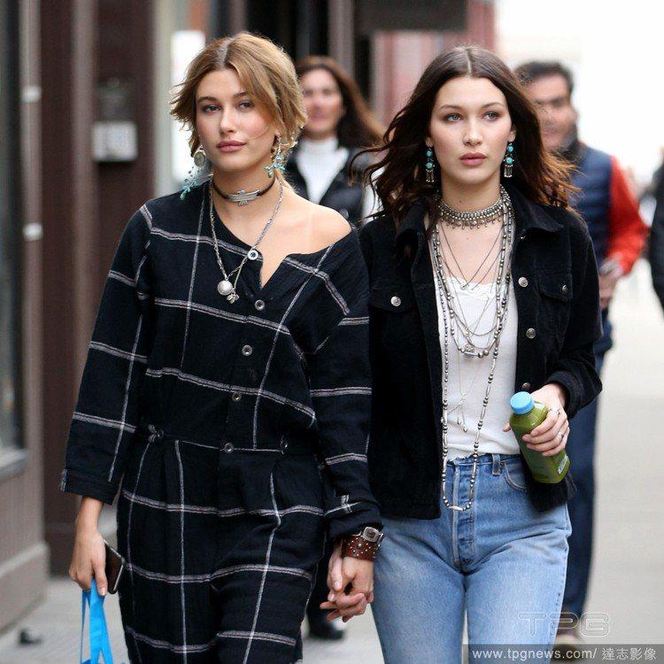 海莉鮑溫(左)和Bella Hadid是閨密。圖/達志影像