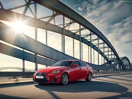傳聞下一代Lexus IS有可能用上BMW的直列六缸引擎!