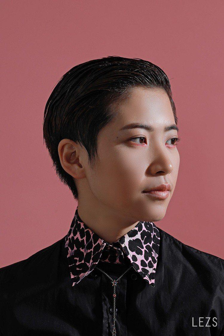 李德筠在最新一期《LEZS》專訪中,娓娓道來她的感情路以及音樂觀。 圖/LEZS...