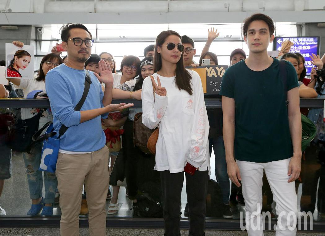 泰國電影《把哥哥退貨可以嗎》劇組成員,10日中午搭機抵台。記者陳嘉寧/攝影
