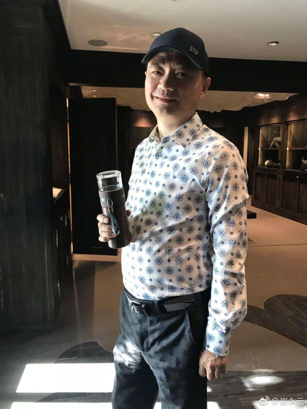 央視前主持人崔永元舉報585名演職人員逃漏稅。圖/摘自微博