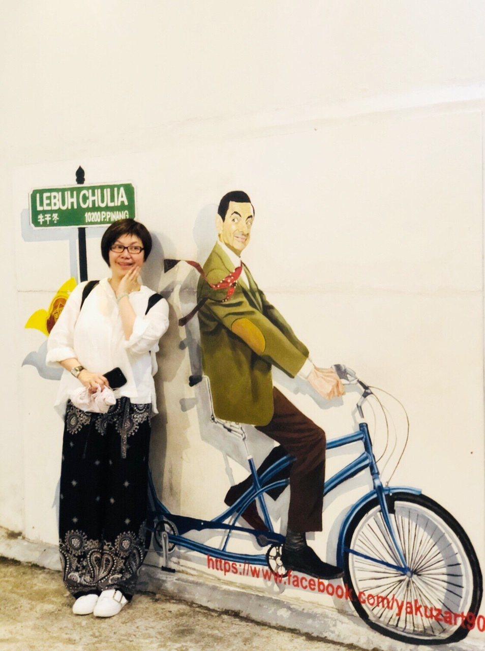 唐美雲率團到馬來西亞公演,趁空到處走走逛逛。圖/民視提供