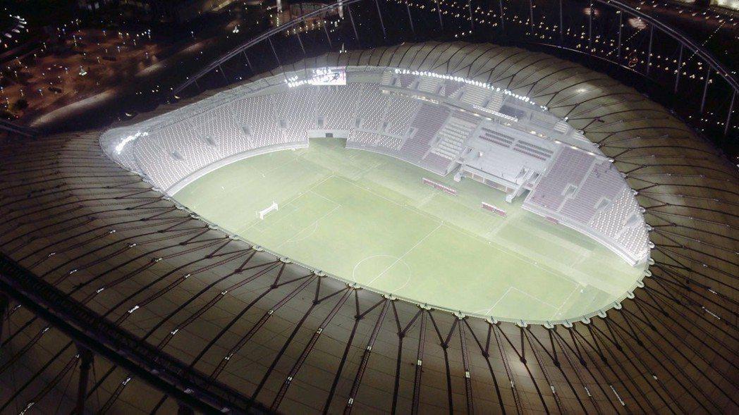 哈里發國際體育場。 路透