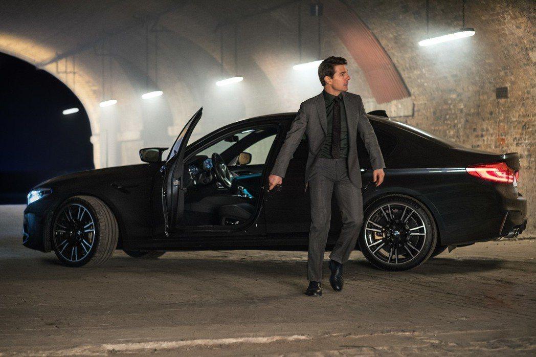 阿湯哥主演的「不可能的任務6:全面瓦解」將於7月25日在台上映,這次的合作夥伴依舊選擇了BMW。 摘自BMW