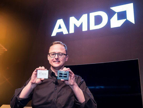 圖4 : AMD全球資深副總裁暨運算與繪圖事業群總經理Jim Anderson展...