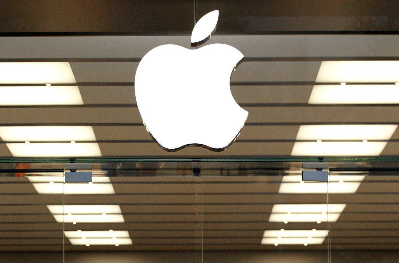 檢方指控一名準備前往中國小鵬汽車工作的蘋果前員工,非法獲取蘋果自駕車技術機密。 ...