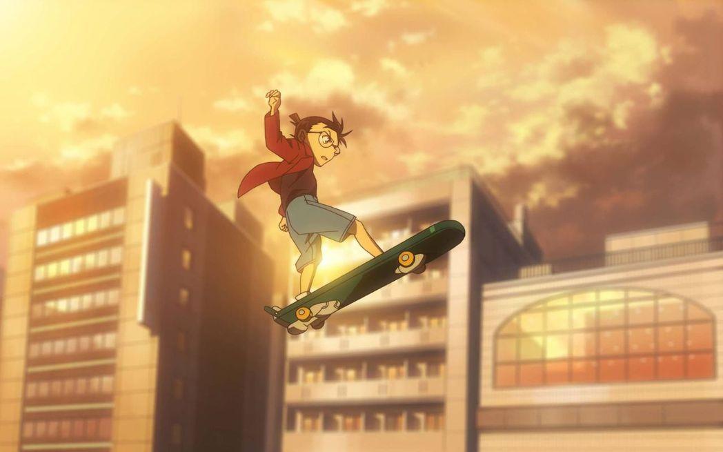 《名偵探柯南:零的執行人》裡面柯南的滑板特技直追《玩命關頭》。圖/向洋提供
