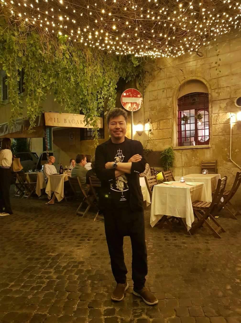 黃國倫到義大利開唱順道觀光。圖/年代提供