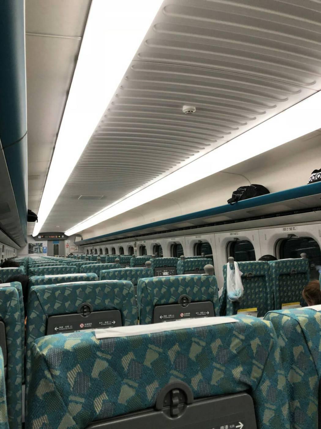 台南晚間5級強震,高鐵停駛,有乘客說,剛開動就發生地震嚇壞了,高鐵公司說是自動保...