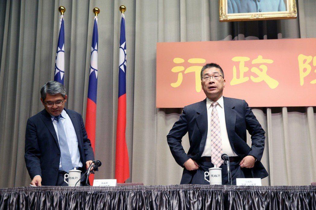 徐國勇的稱呼從徐律師、徐發言人到徐部長。圖╱聯合報系資料照片