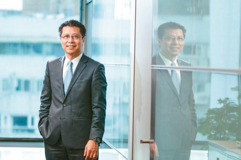 富邦證券理財業務督導郭永宜資深副總經理表示,提供穩健商品才能贏得客戶安心託付。 ...