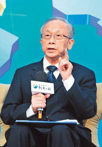 中經院董事長胡勝正