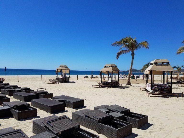 渡假村外的沙灘 圖文來自於:TripPlus