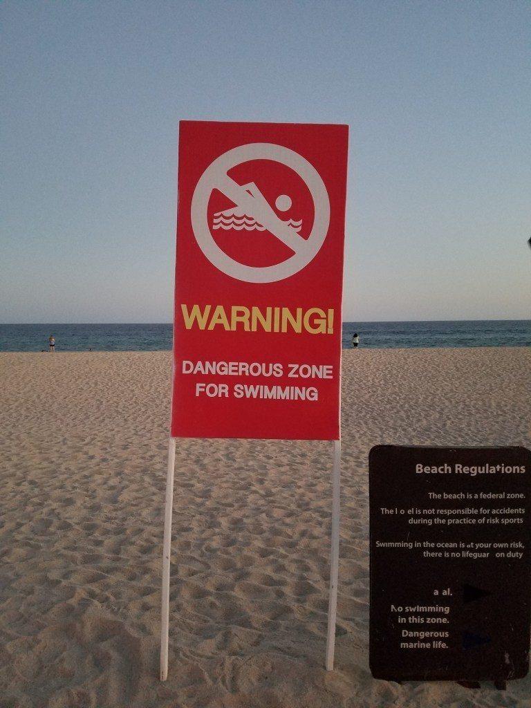但是這裡的浪大,所以不建議下去游泳 圖文來自於:TripPlus