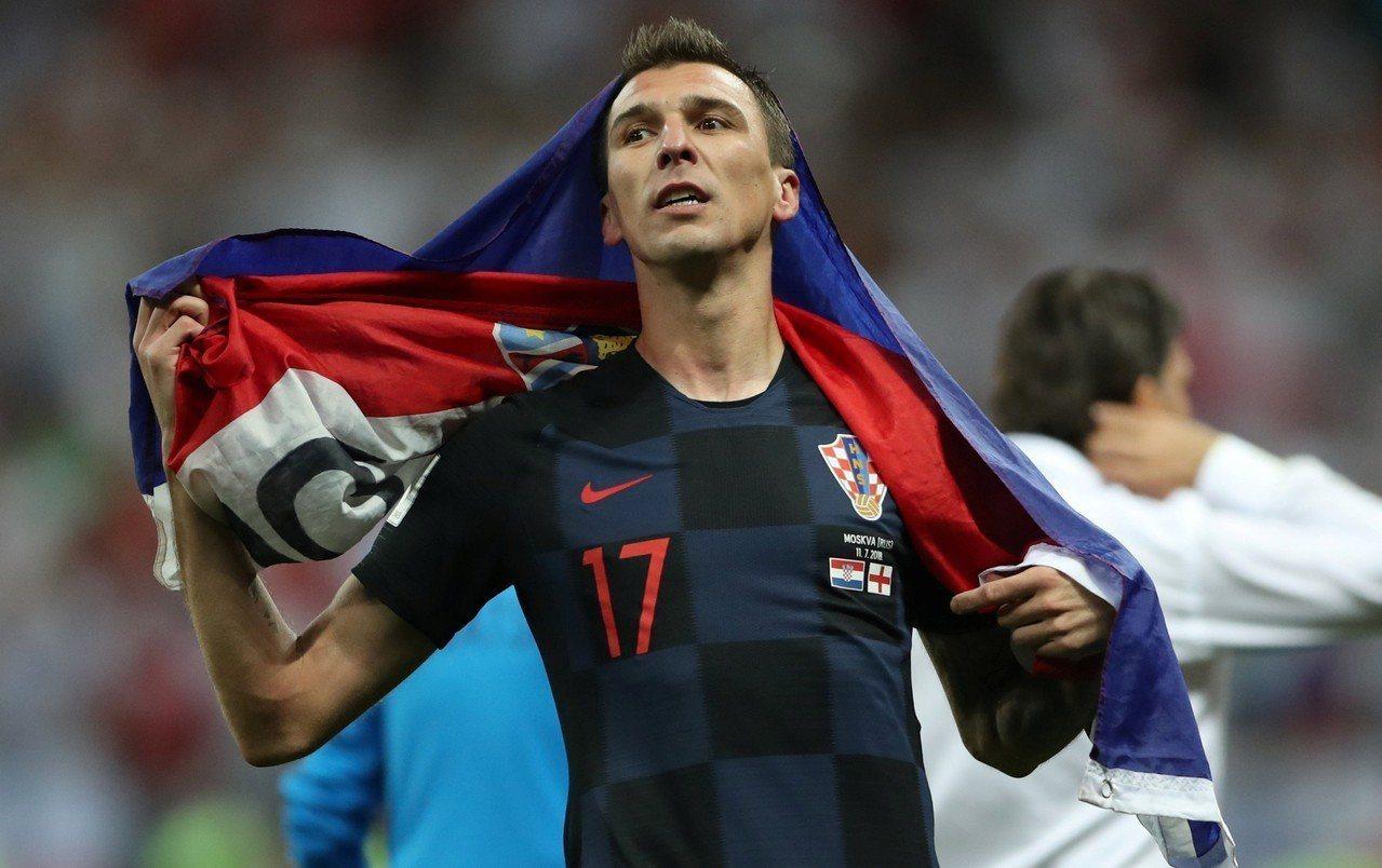 克羅埃西亞逆轉勝英格蘭,致勝功臣的曼祖基奇(Mario Mandzukic)在場...