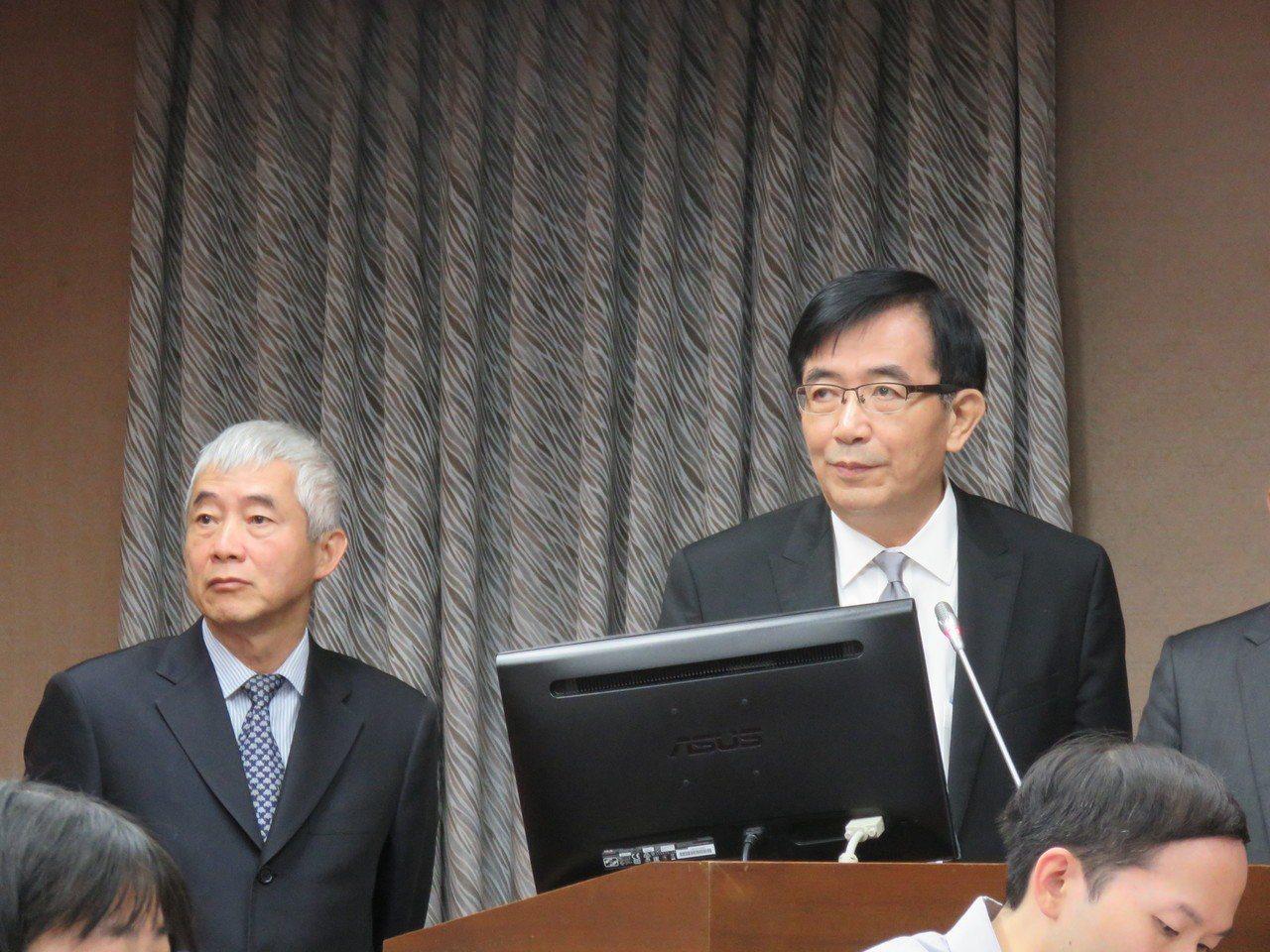 港務公司董事長吳宏謀(右)接替賀陳旦(左),擔任交通部長。記者雷光涵/攝影