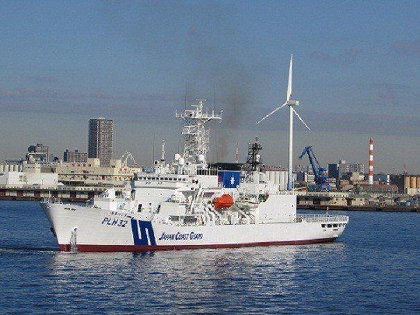 PLH32 秋津島號巡視船屬於敷島型巡視船(しきしま型),直到2014年12月都...