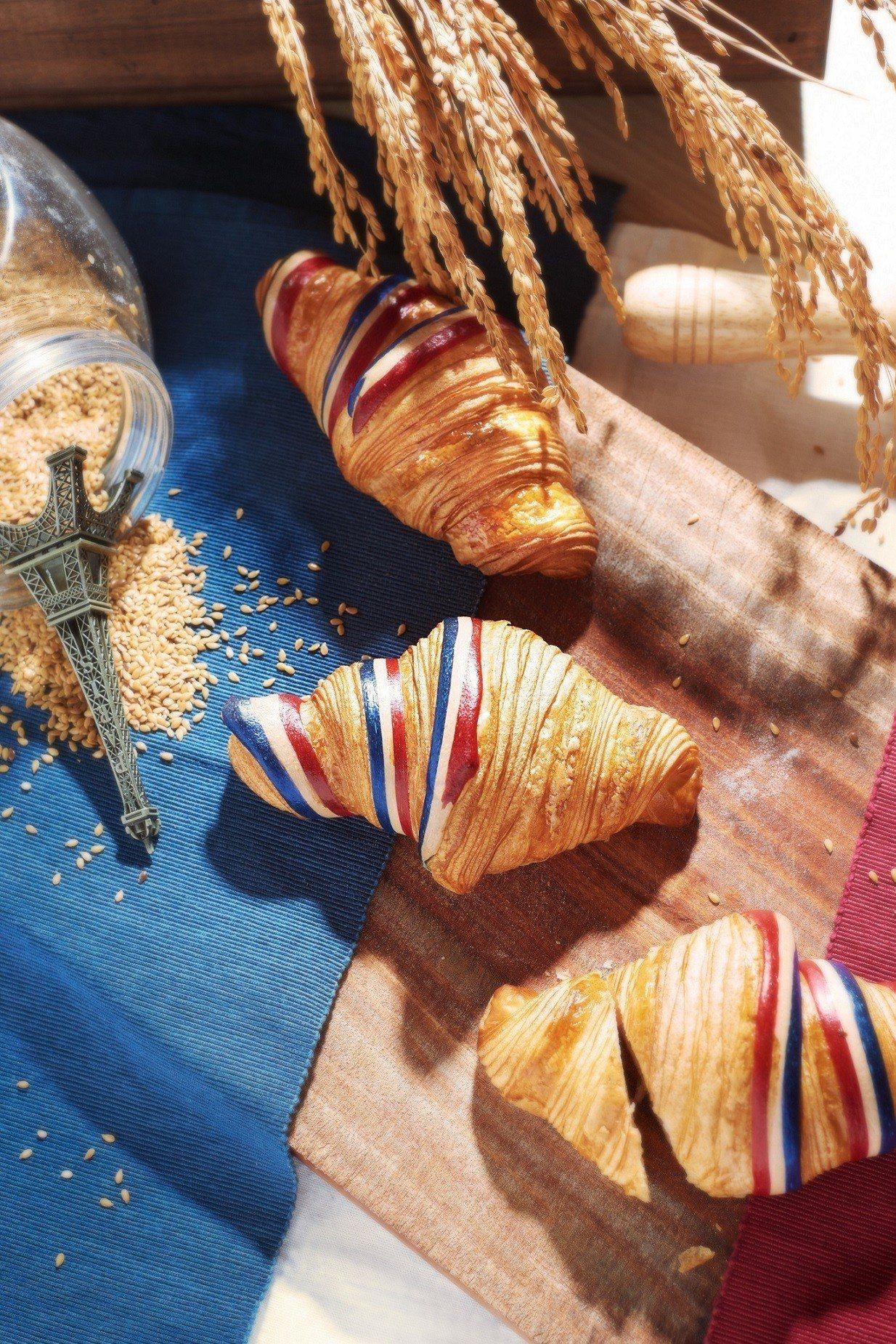 每年7月14日法國國慶日GC會推出限定款可頌,售價45元。圖/Gontran C...