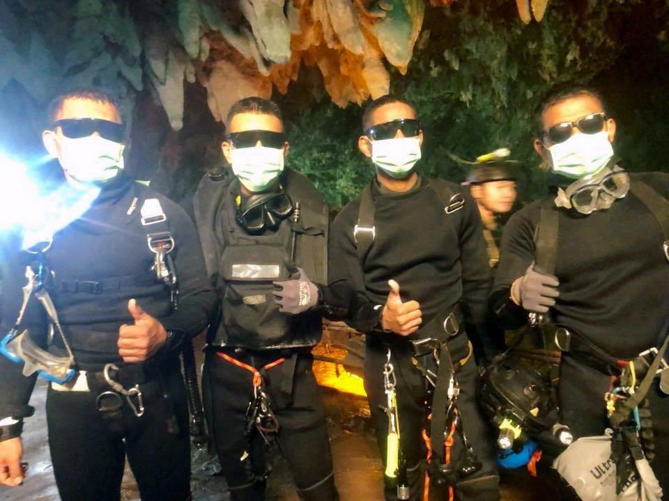 泰國海軍英勇參與救援受困山洞足球隊成員的行動,將被搬上大銀幕。圖/路透資料照片