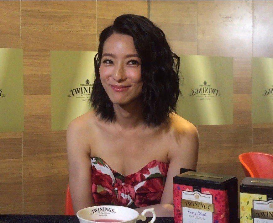 賴雅妍對於外界形容她為「佛系女神」露出微笑,坦言不是很清楚定義。記者蘇詠智/攝影