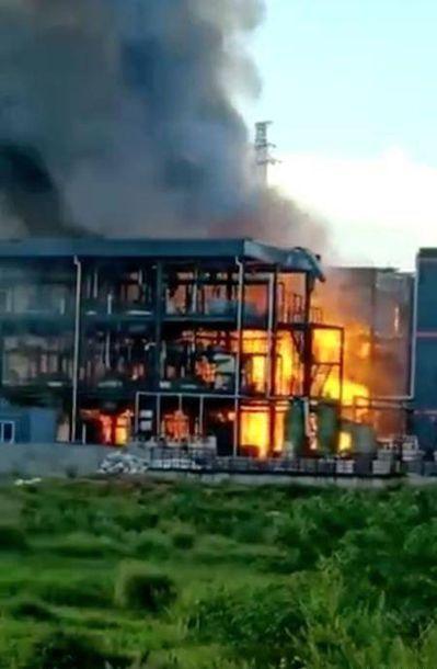 四川一工業園區發生爆燃,已致19人死亡。四川在線