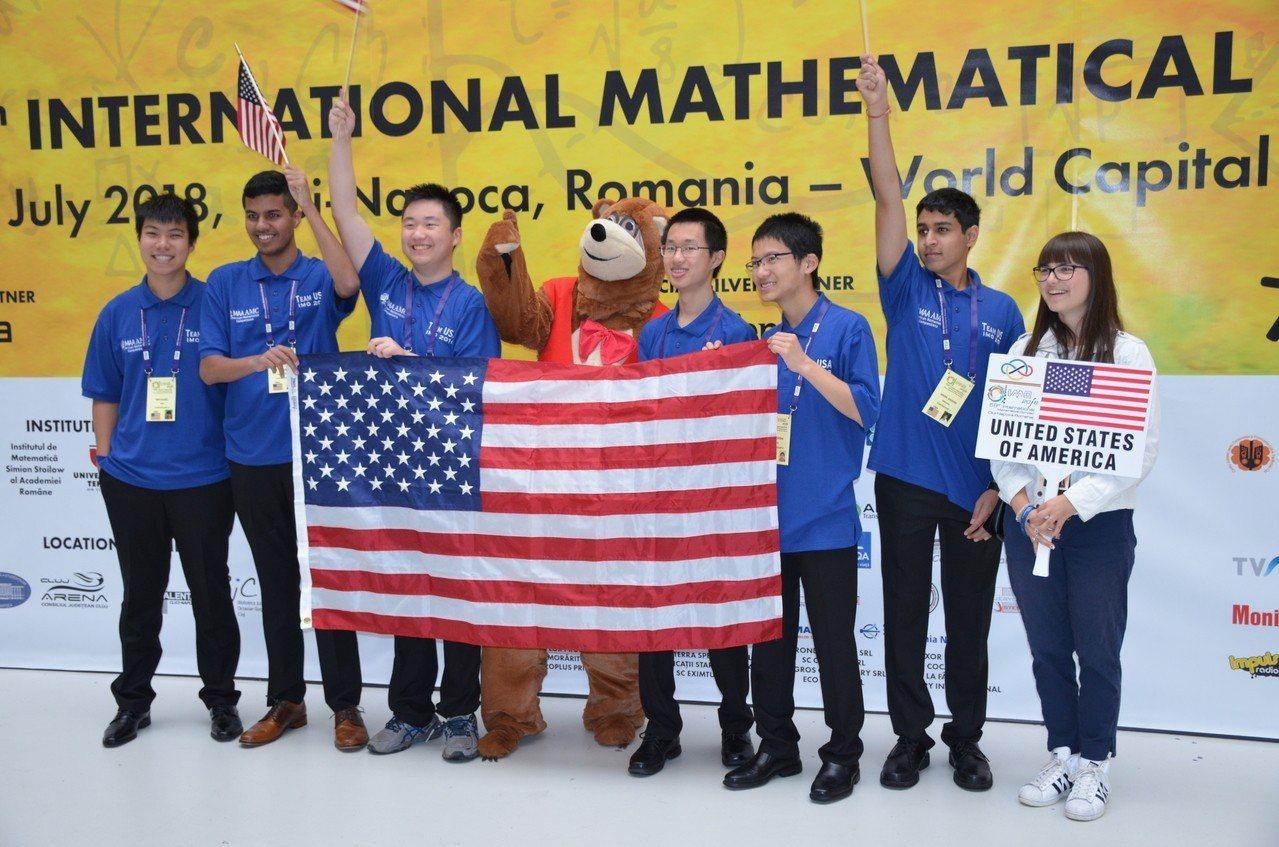 國際數學奧林匹克競賽美國隊再登巔峰。 世界日報記者洪群超/攝影