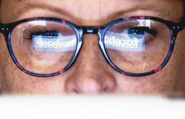 德國聯邦最高法院12日判決,家長有權使用已逝子女的臉書帳號,並繼承小孩的社群媒體...