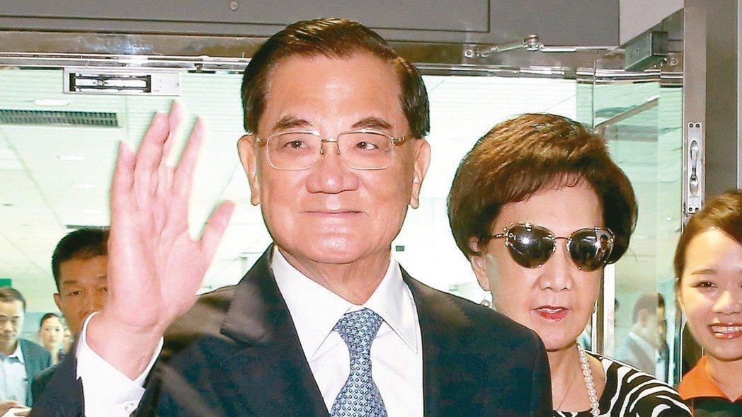 國民黨前主席連戰接受中共總書記習近平邀請,率團赴北京參訪。 報系資料照