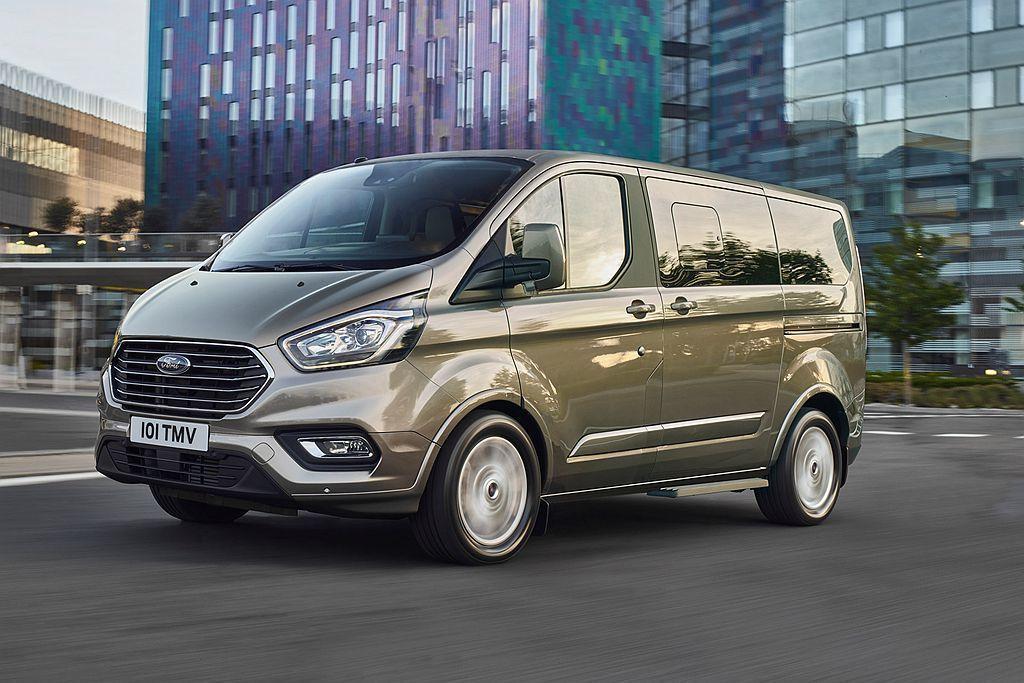 小改款Ford Transit Tourneo Custom也以雙動力輸出、長/...
