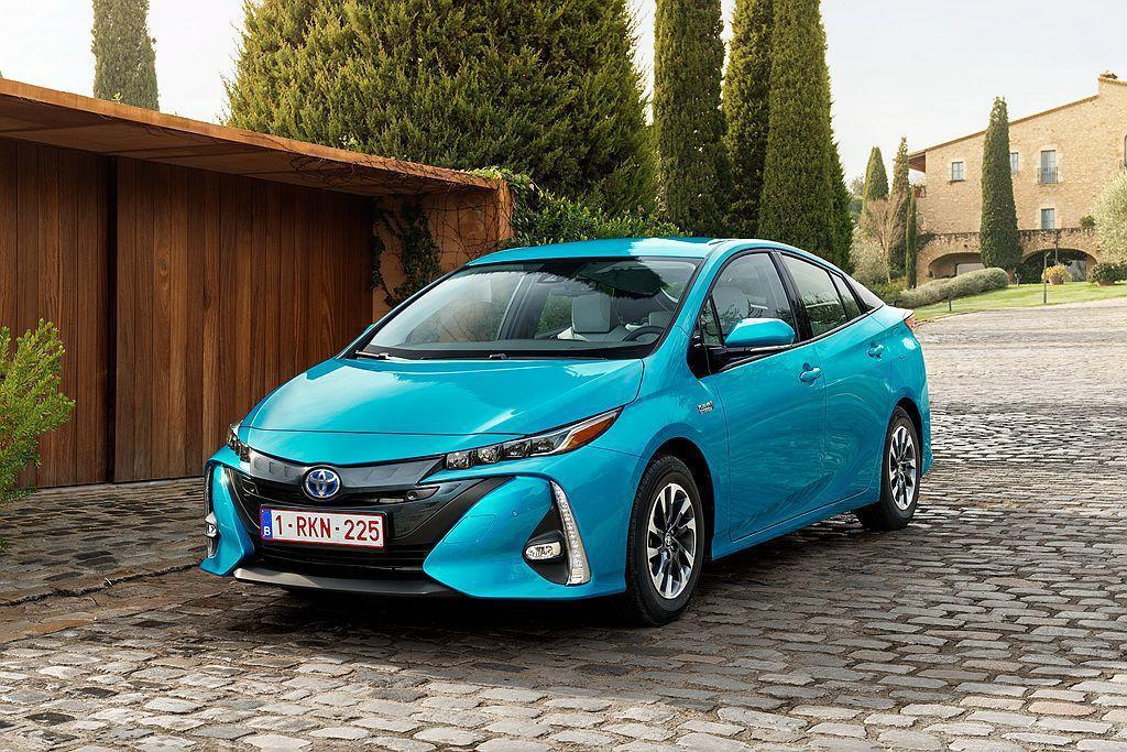 Toyota Prius家族今年上半年在歐洲市場賣出12,397輛的成績。 圖/Toyota提供
