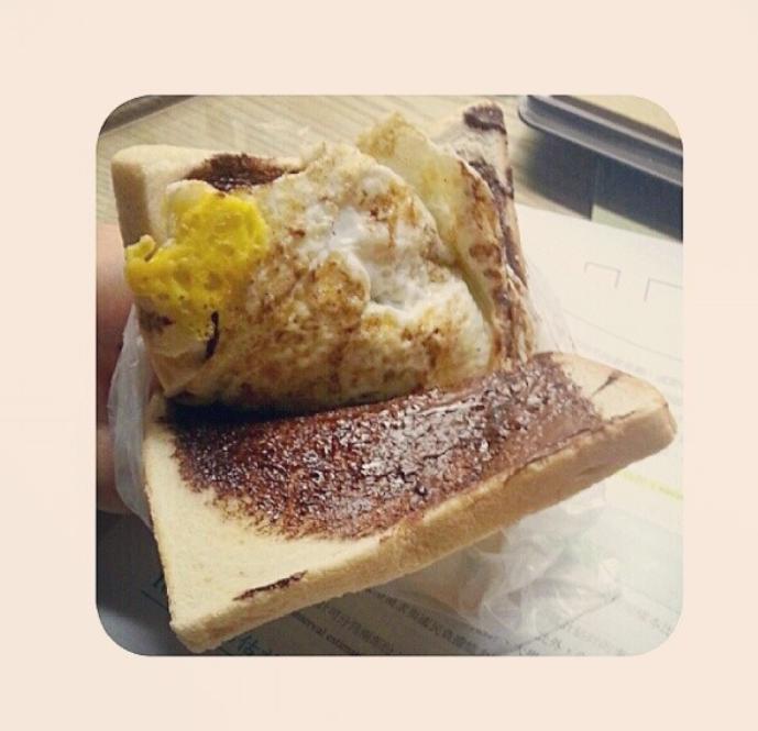 圖片來源/ instagram: lola__hsu