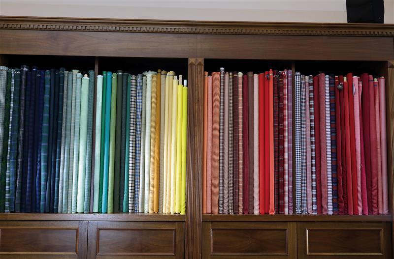 范樓達收藏的布匹,提供消費者繽紛亮眼的選擇,深受年輕族群喜愛。